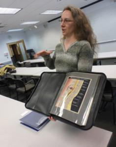 photo of gnsi-ne member wendy chadbourne sharing her portfolio